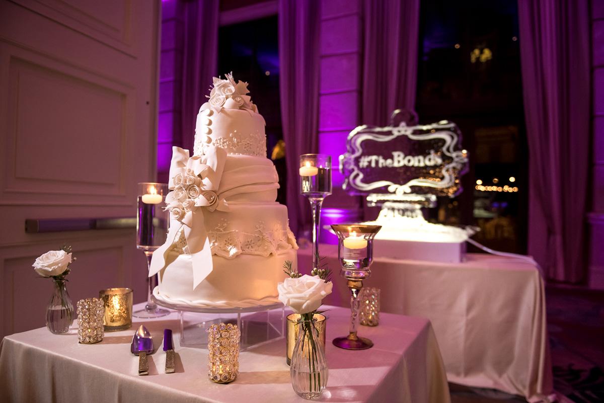 Wedding-in-St-Regis-Hotel,-Courtney-&-Less-0124.jpg
