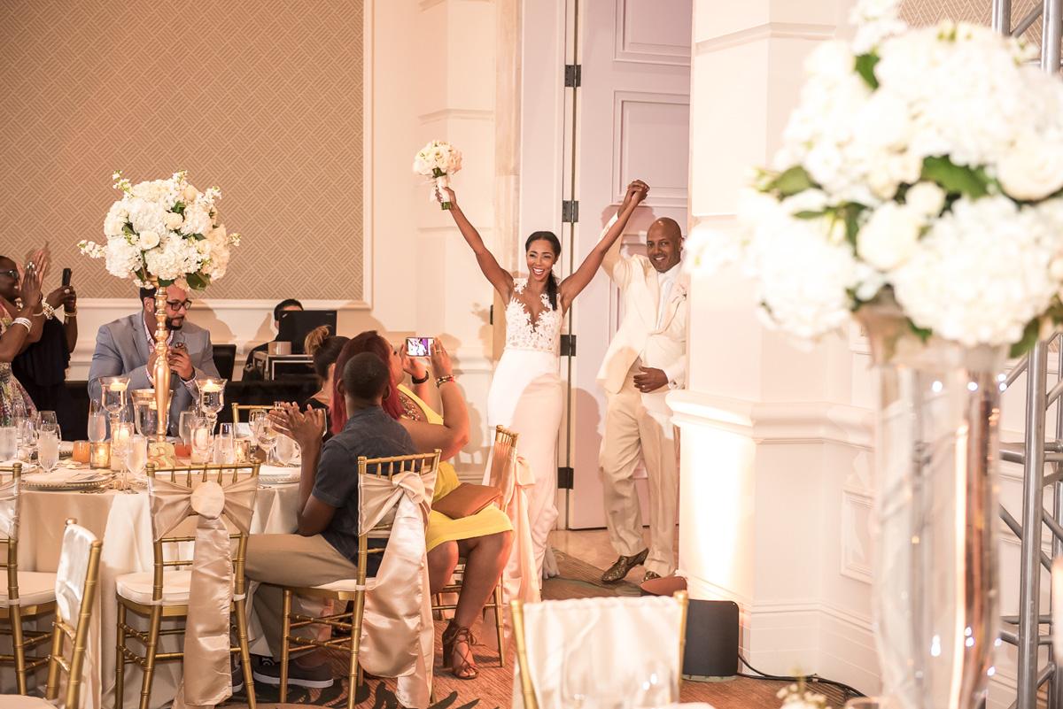 Wedding-in-St-Regis-Hotel,-Courtney-&-Less-0127.jpg