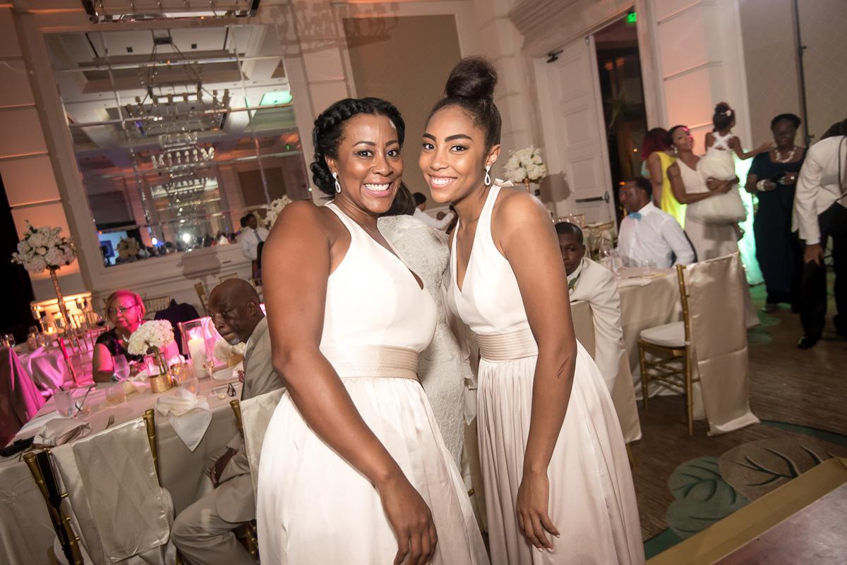 Wedding-in-St-Regis-Hotel,-Courtney-&-Less-0154.jpg