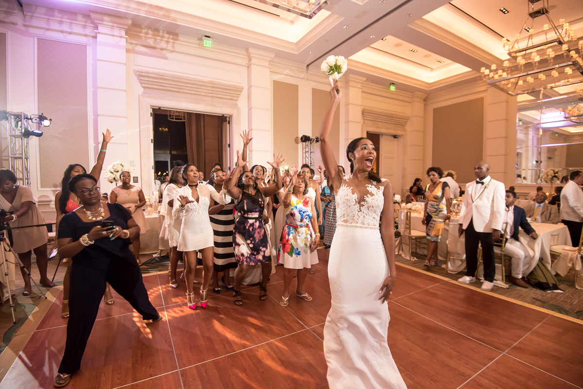 Wedding-in-St-Regis-Hotel,-Courtney-&-Less-0182.jpg