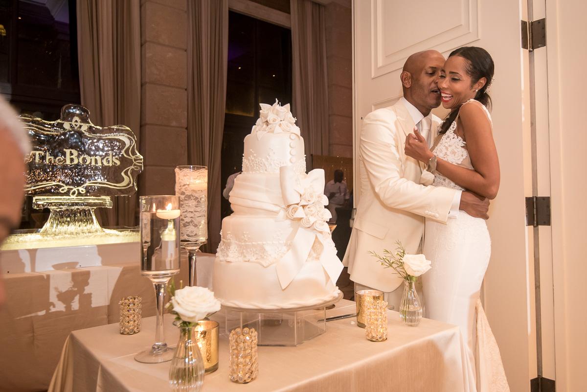 Wedding-in-St-Regis-Hotel,-Courtney-&-Less-0181.jpg