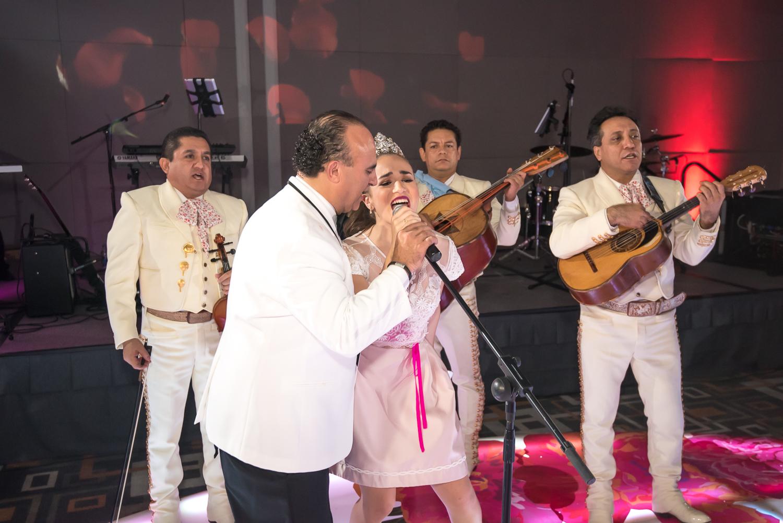 Elizabeth Quinceañero-61.jpg