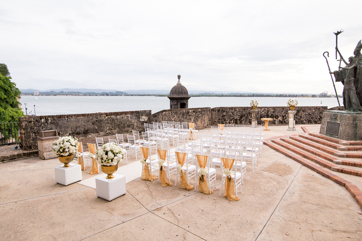 Wedding-in-Hotel-El-Convento--Megan-&-Russell00074.jpg
