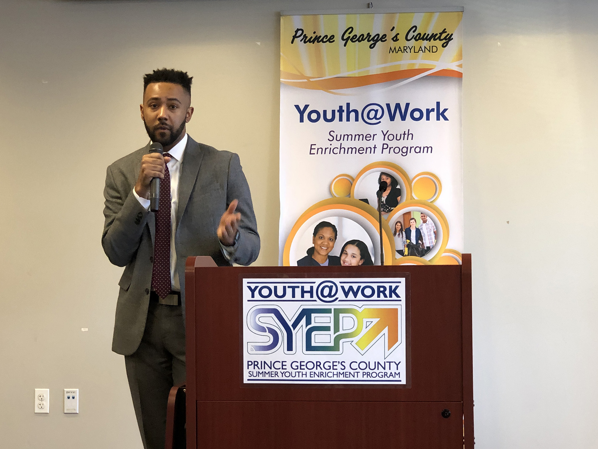 Ian Spears, a 2006 SYEP participant, shared the value of his experience with SYEP in his growth in becoming a successful young professional. PHOTO: RICHARD MONTGOMERY // RIXSTAR STUDIOS