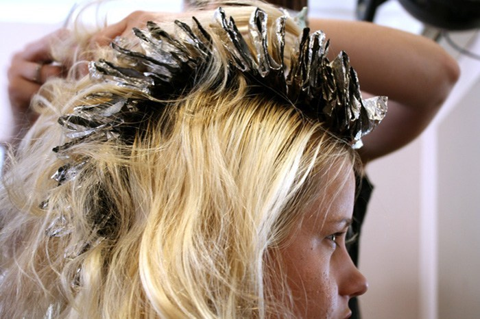 Studies are mixed about whether permanent hair dye causes cancer, but there is no doubt that conventional formulas contain carcinogenic ingredients. Credit: Samantha Steele, FlickrCC.
