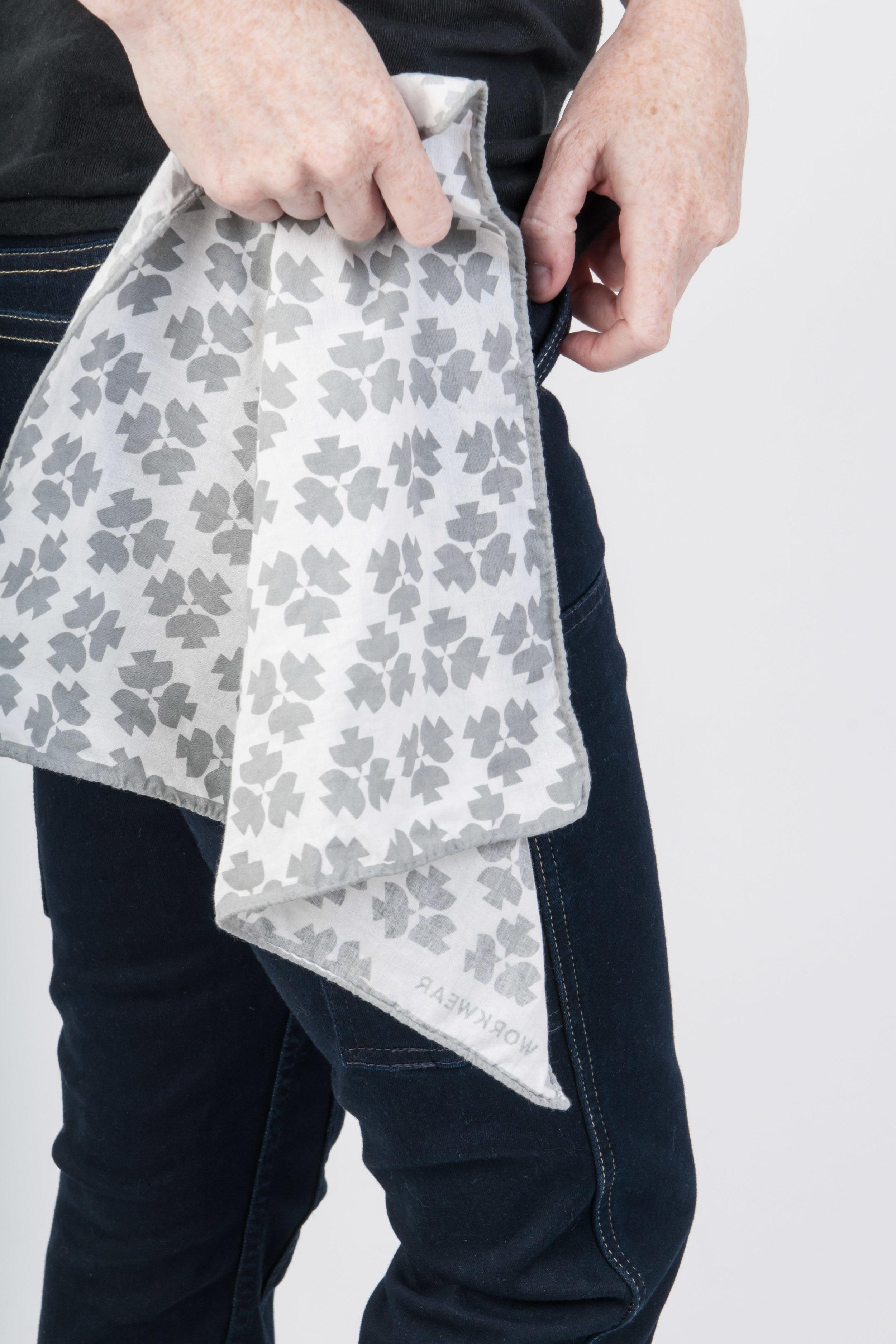 Brandkerchief Dove Grey