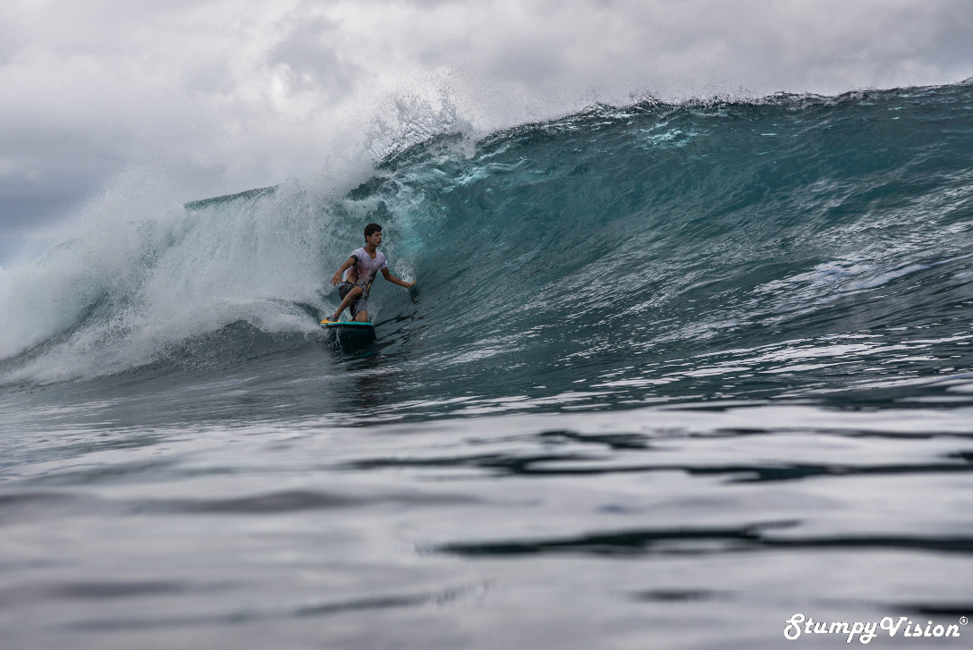 14 year old Jerrico Rosero completely dominates his favourite wave Loberia in San Cristóbal.