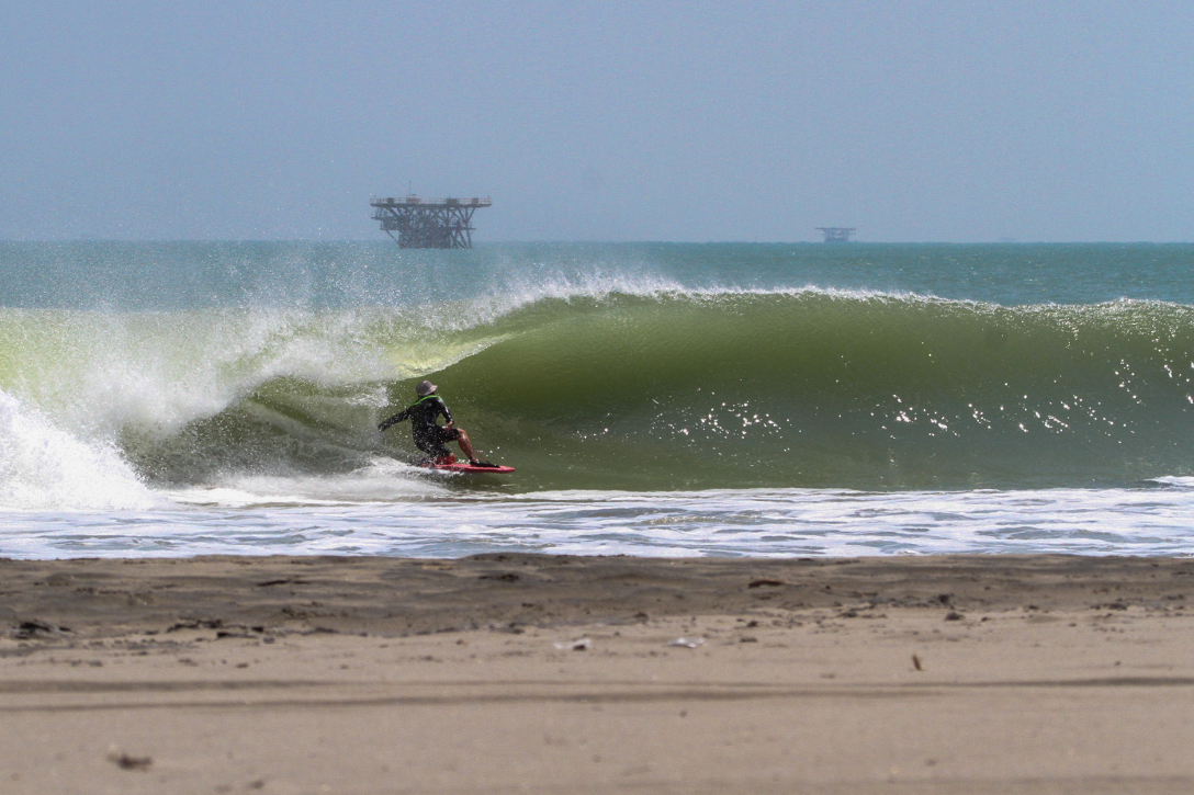 Sneaky tube on the inside. Photo by Darwin Atalaya Obando @ fotógrafo_darwin