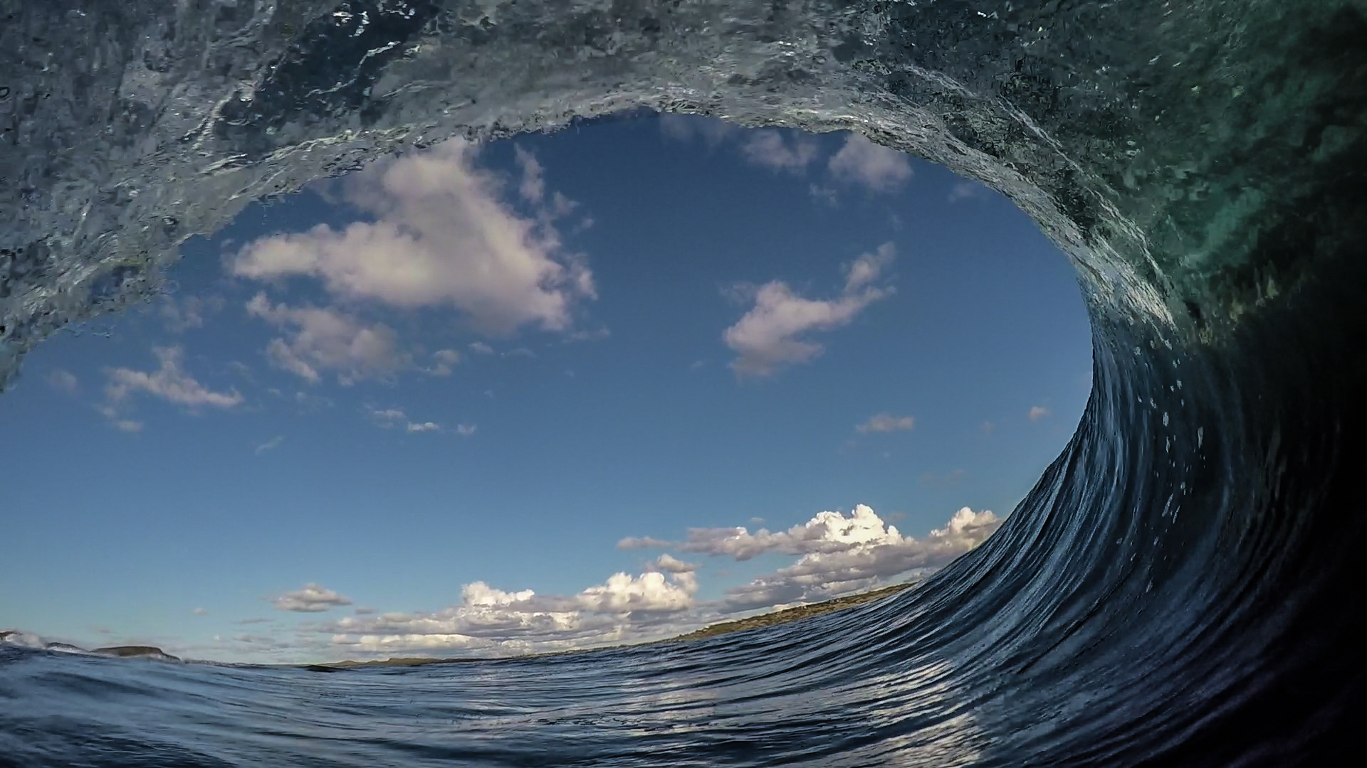 With images like this it makes you reevalute Norway's surfing potential.