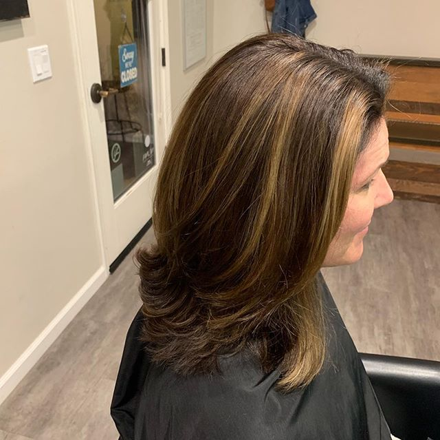 A fun change by @krisbly. From too light and faded to rich and shiny. Thanks @kimmcmullen for an amazing change. #santaclaritahair #santaclaritasalon #davinescolor #neuma #nontoxichaircare