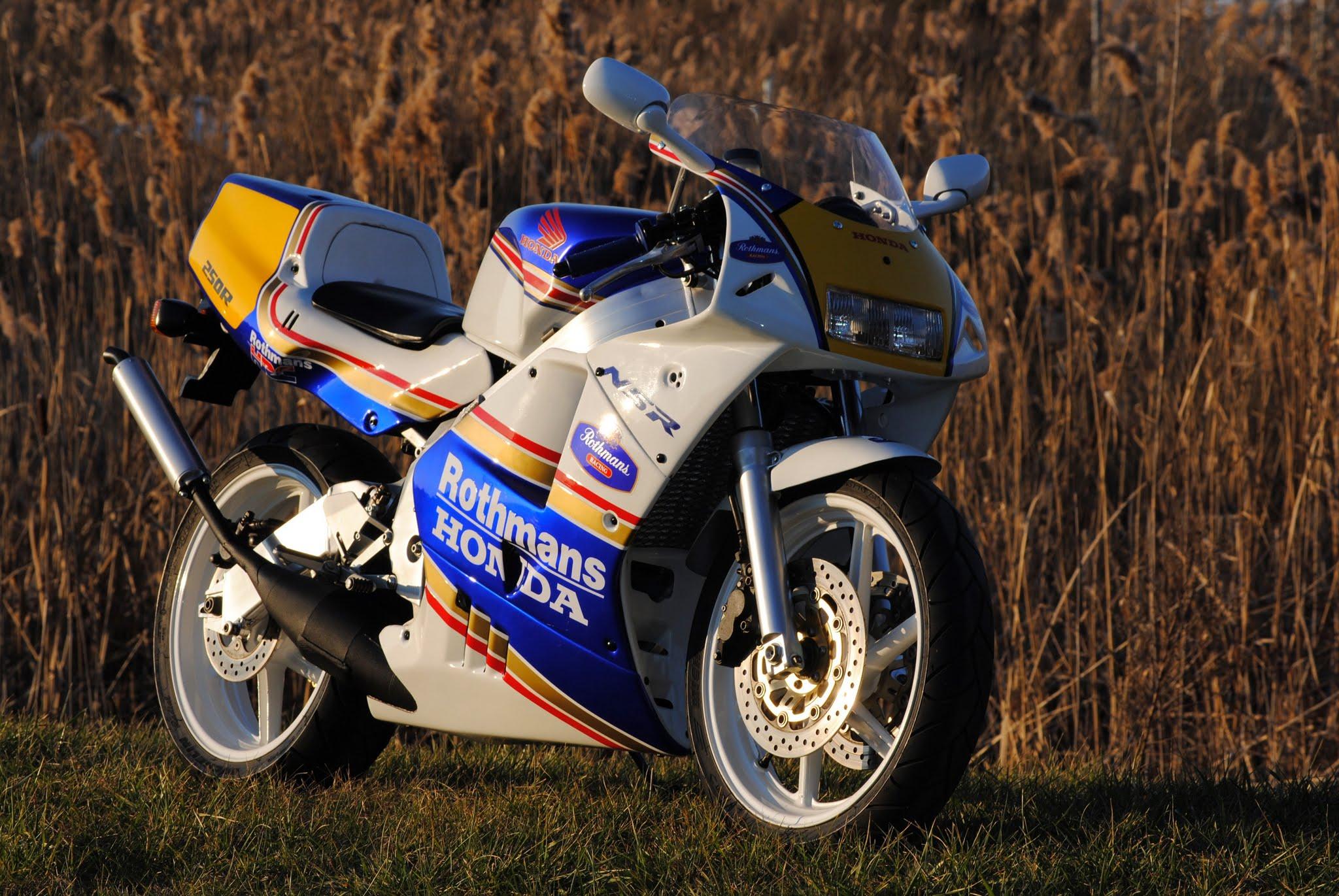 NSR250 Rothman Front Right.JPG