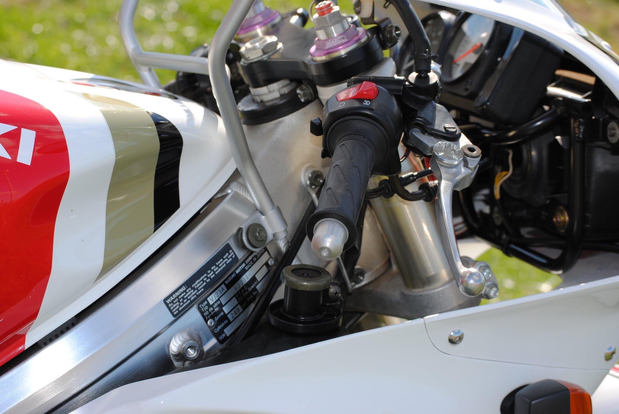 RGV250 Steering.JPG