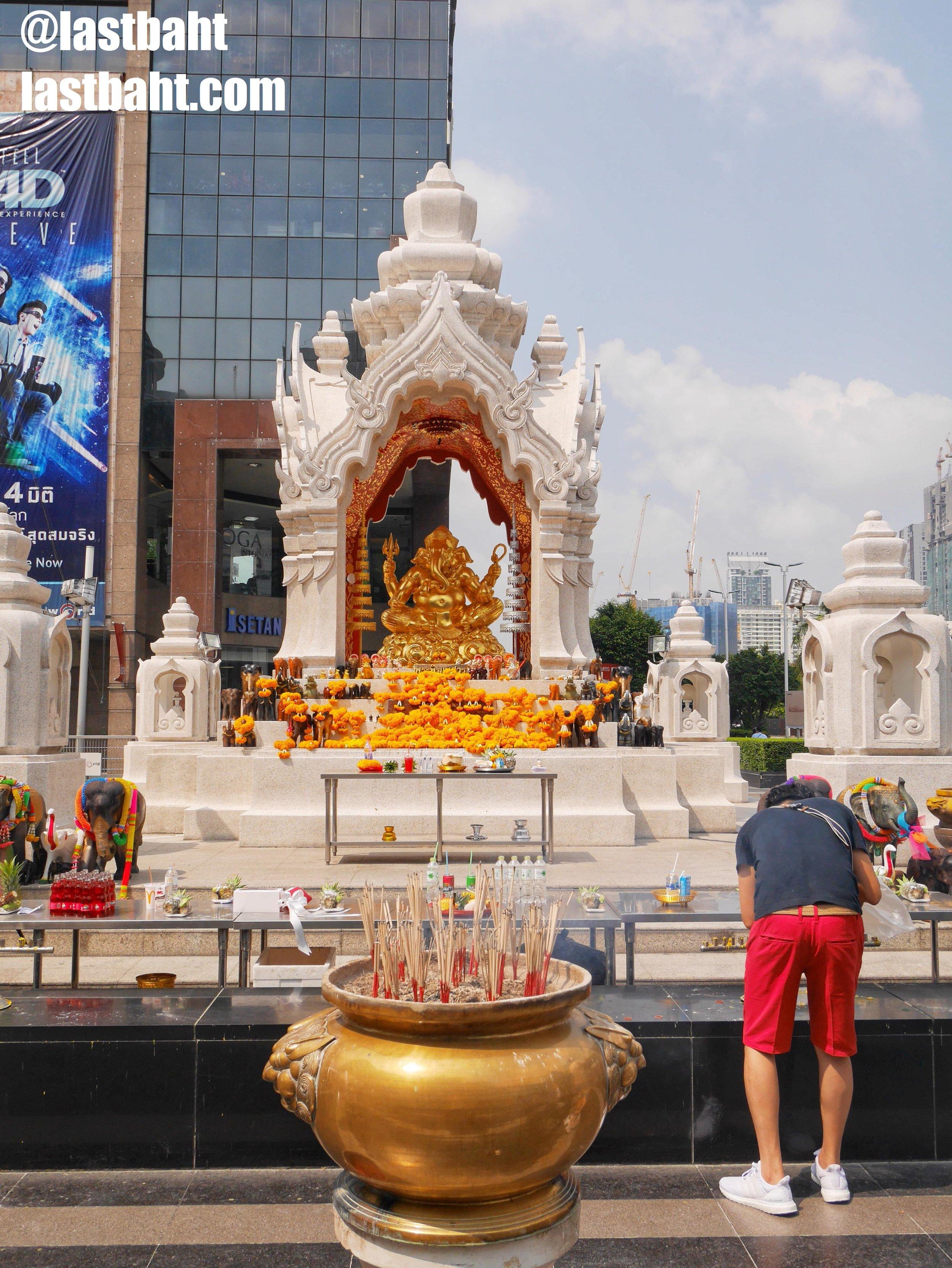 praying to Ganesh