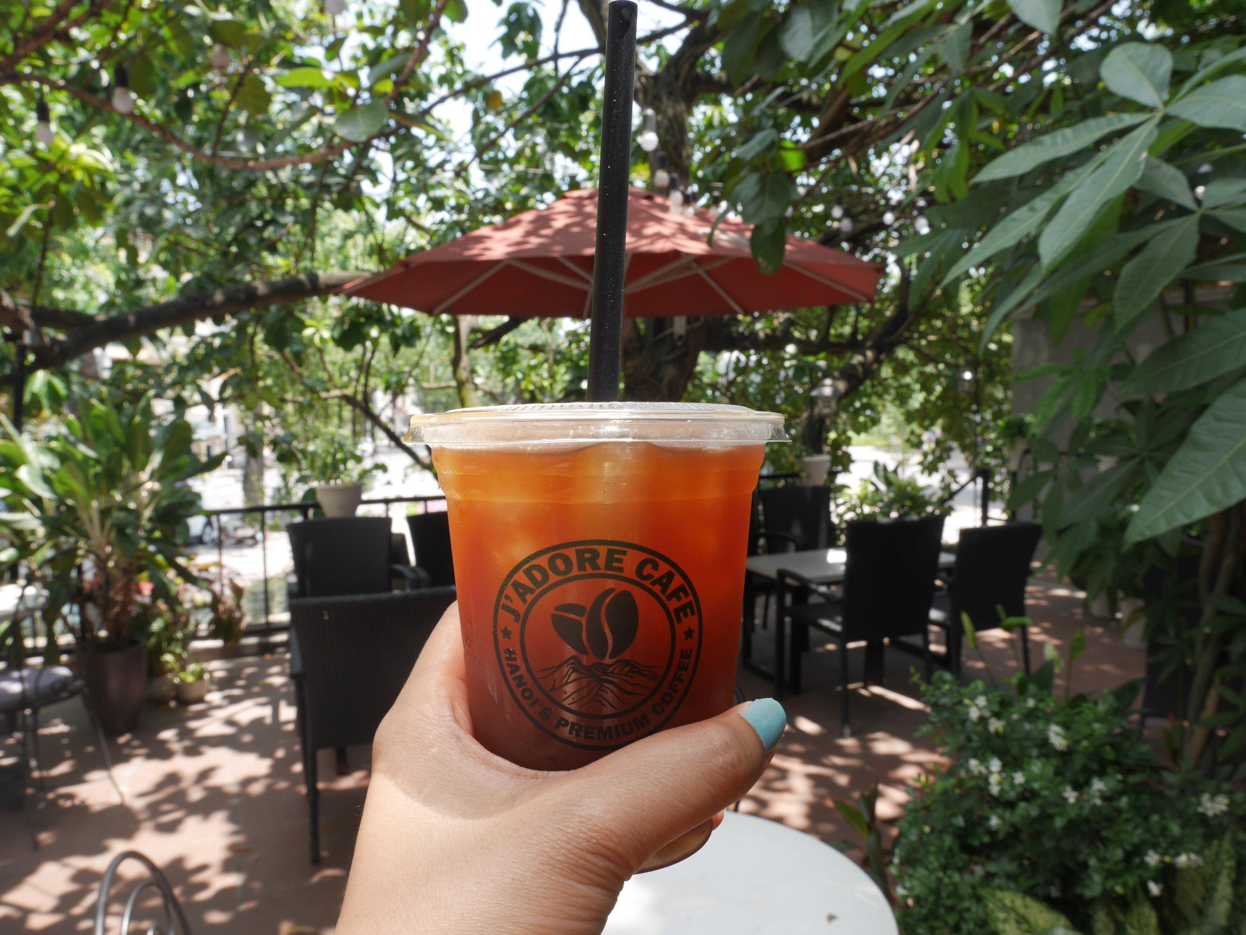 J;Adore cafe, Hanoi, Vietnam. Cafe around Hoan Kiem Lake