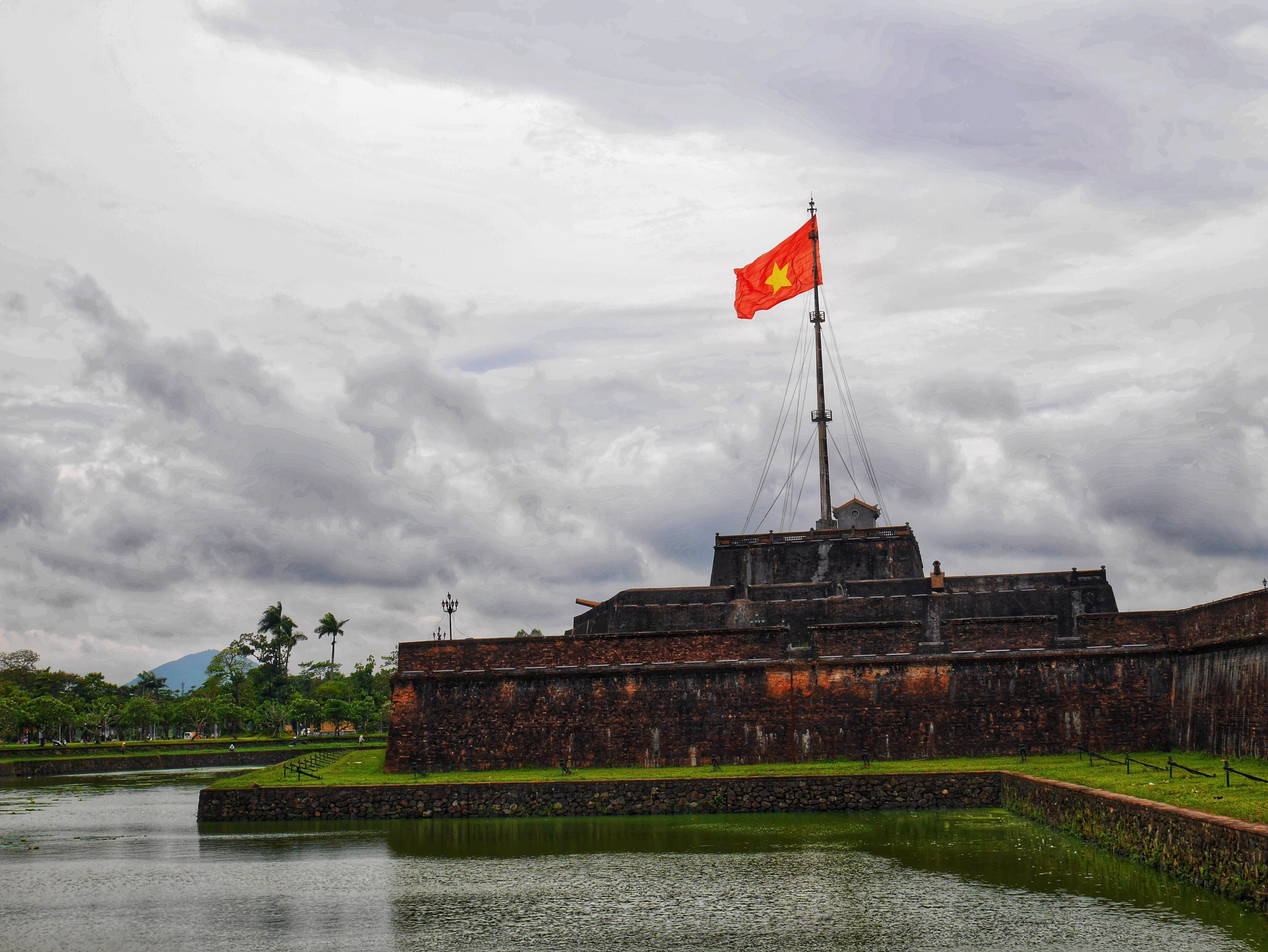 hue vietnam ancient town