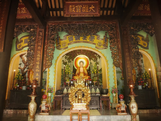 Buddha temple vietnam
