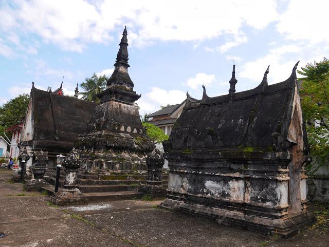 stone chedis, Luang Prabang