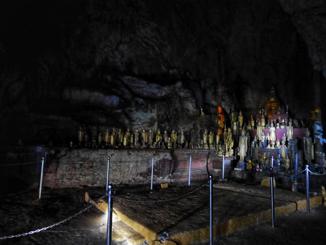 meditation area for monks inside the Pak Ou upper cave