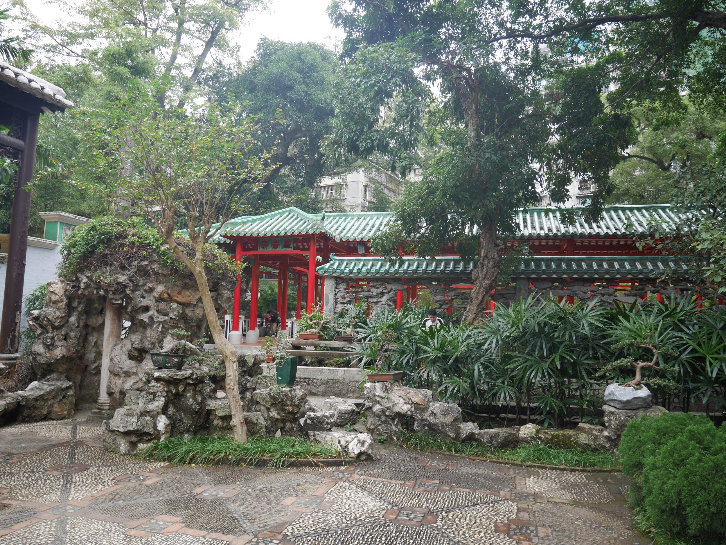 Lou Lim loc Garden
