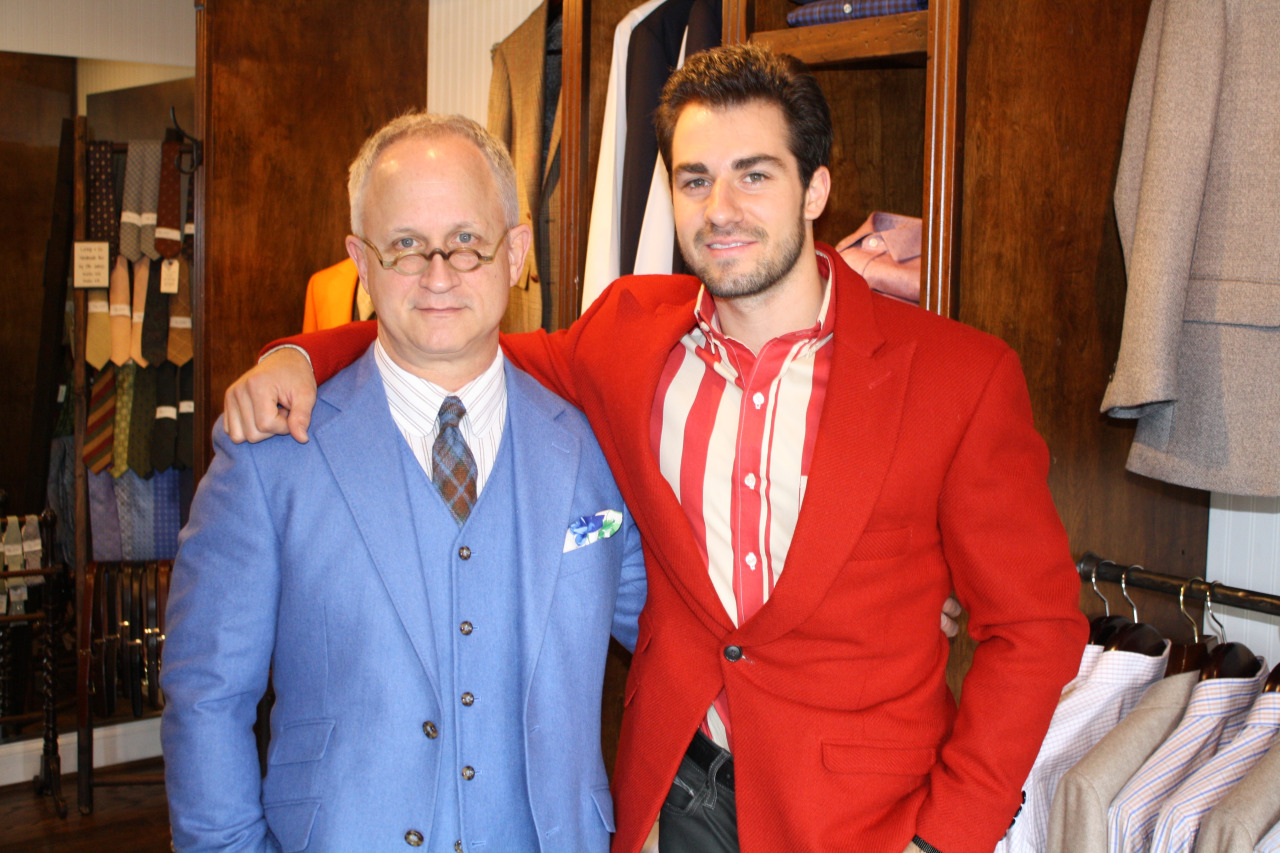 Having the opportunity to add to what is already the greatest team in the world at Stitch-It & Co.  is truly exciting! I am proud and honored to announce that Nashville designer and tailor, Eric Adler Bornhop, has joined our family. The skill and creativity Eric brings to Loring & Co. bespoke is a real delight. Please stop by soon and say hello to Eric.
