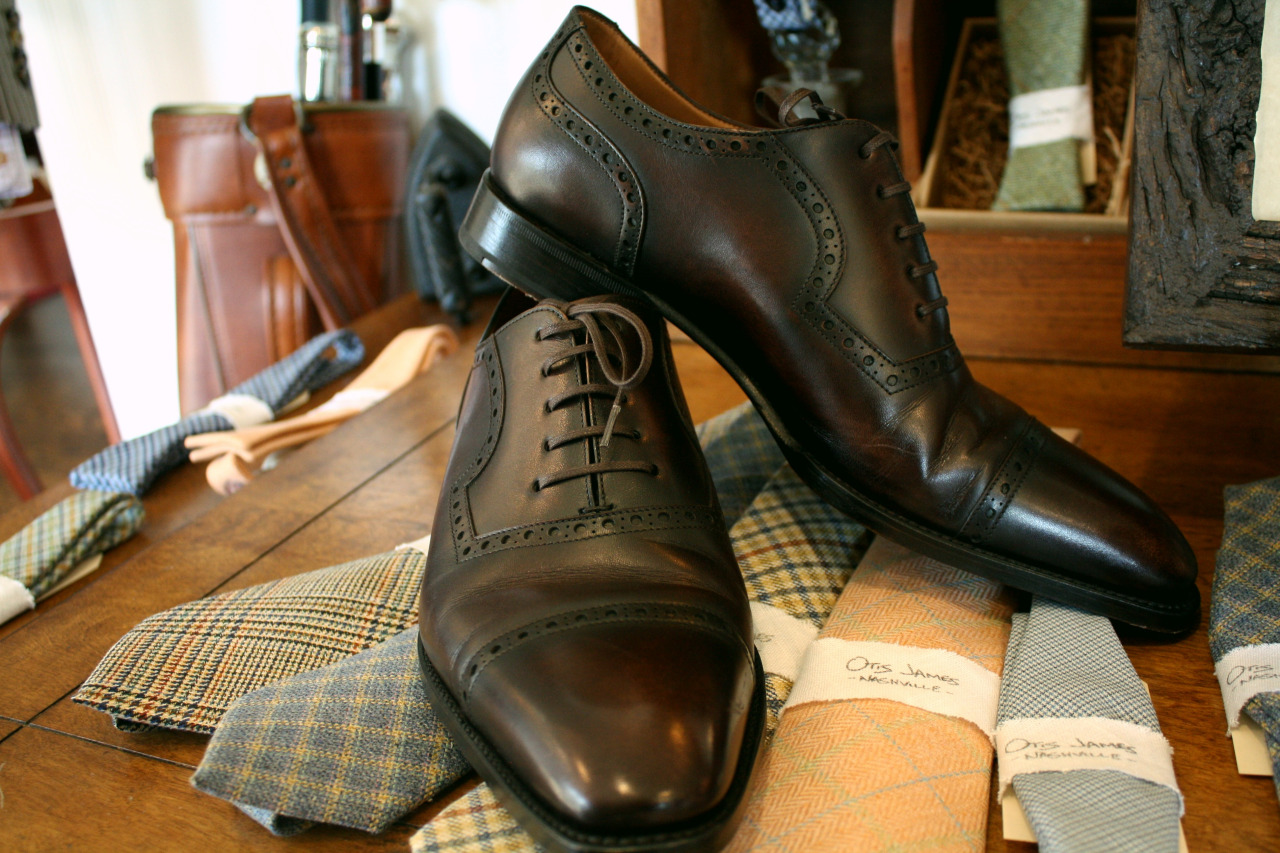 custom brown brogue shoes