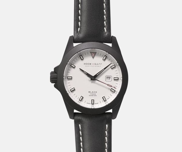 hook and gaff sportfisher black white dial