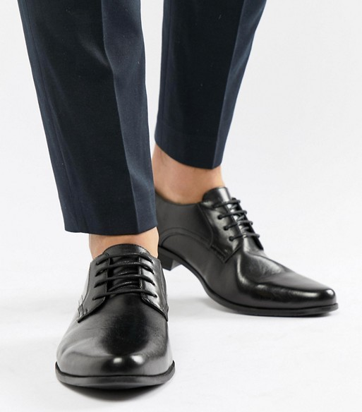 black shoes for navy suit