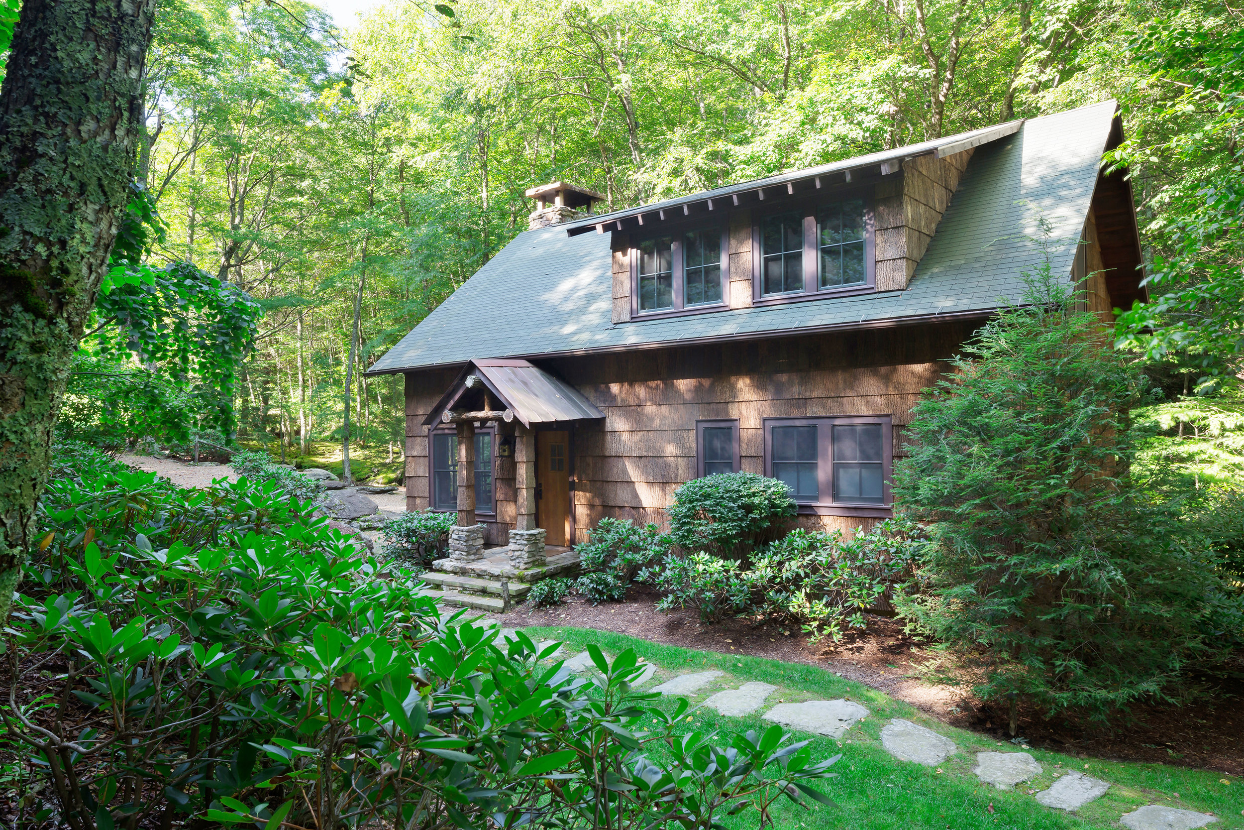 Appalachian Creek Cabin