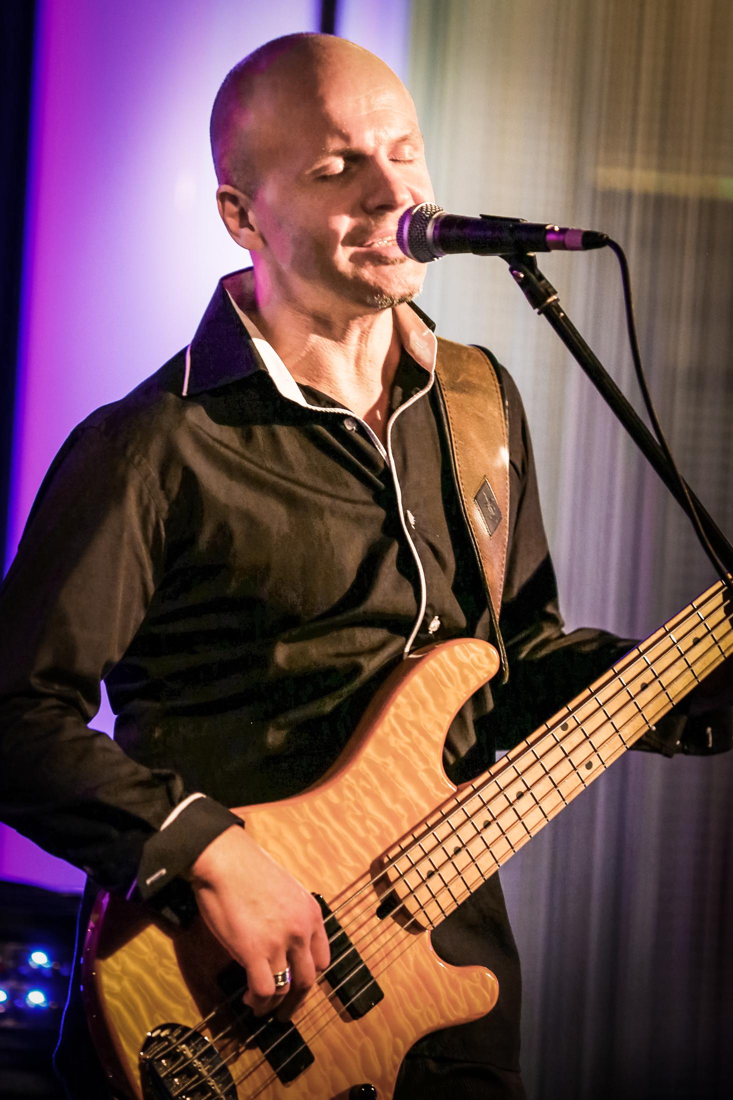 Plamen Blagoev - Bass