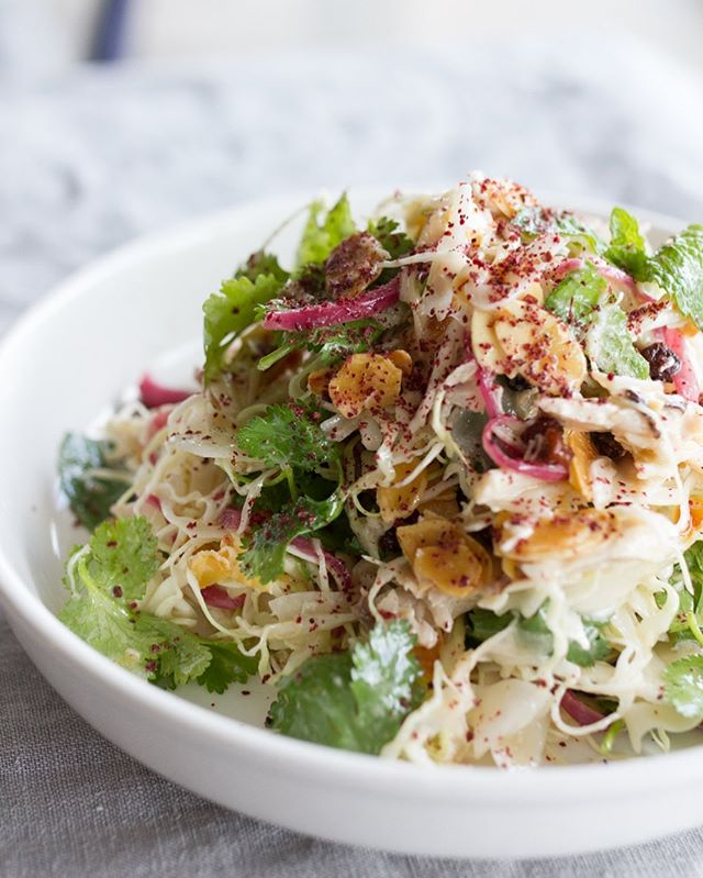 The perfect lunch - Middle Eastern Slaw with tahini chicken, soused onion, mint & sumac.