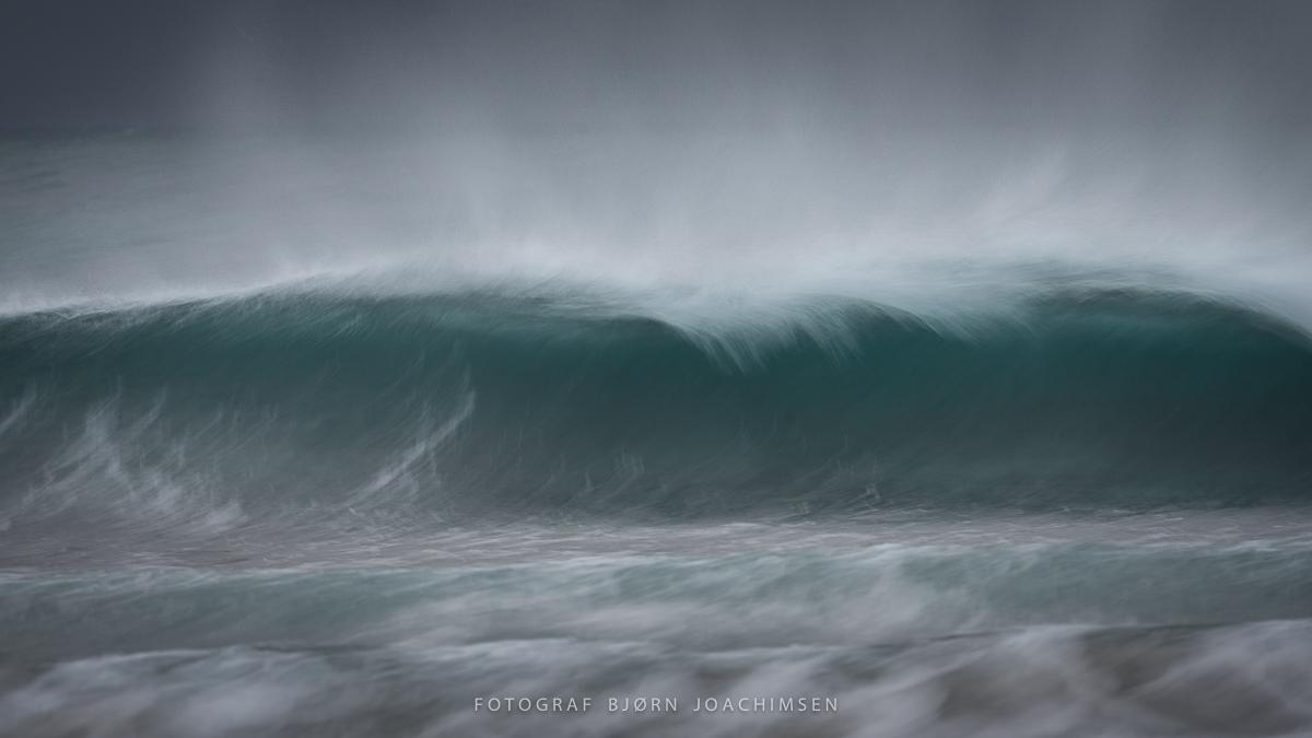 Waves in Lyngen-DSC_6420-Bjørn Joachimsen.jpg