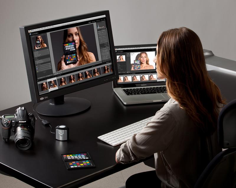 Lær hvordan du får skjermen din til å vise korrekte farger. På denne workshopen får du hjelp til å kalibrere din egen skjerm. Foto: Xrite.