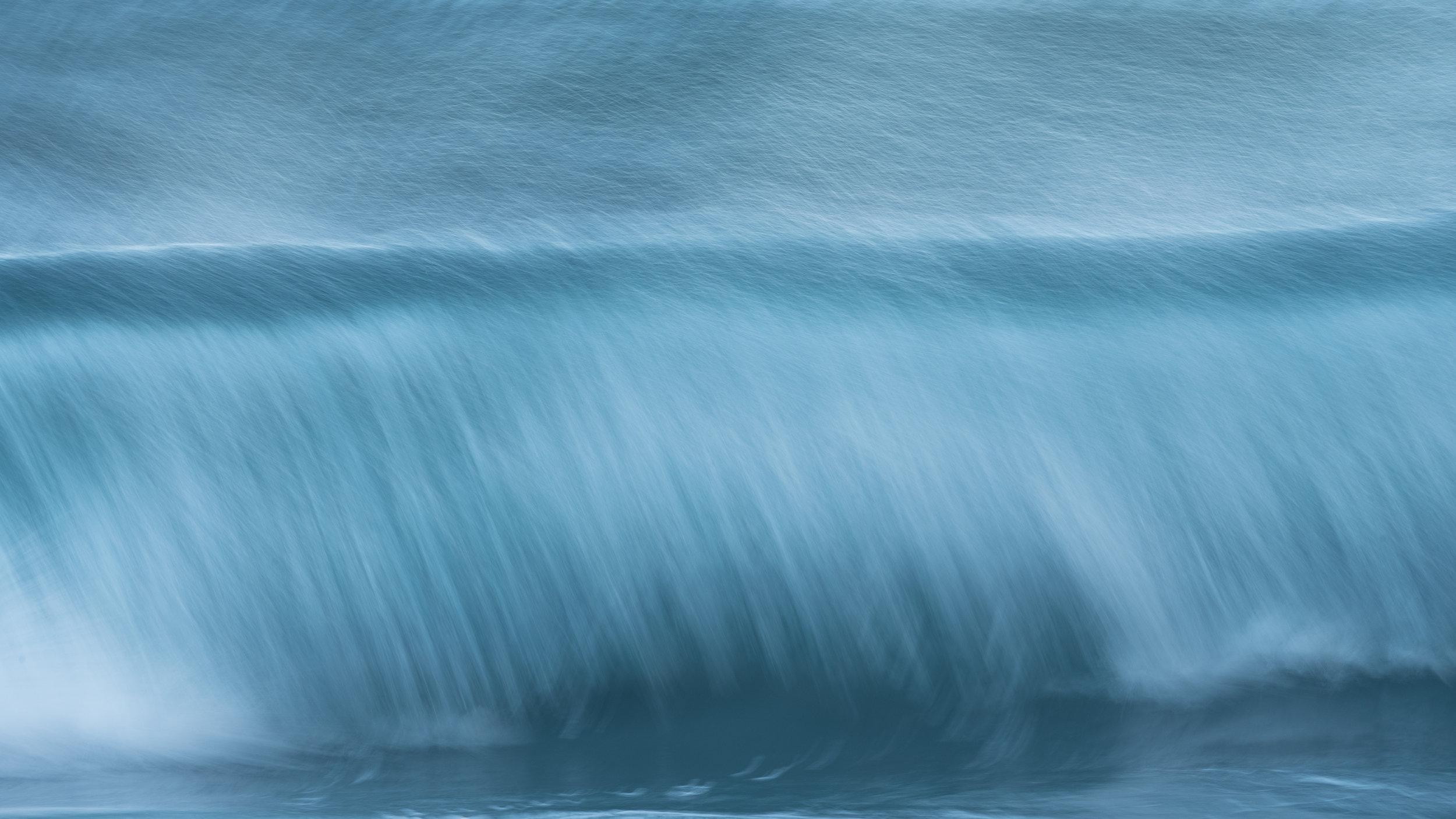 Waves at Unstad-DSC_7370-2-©Bjørn Joachimsen-2.jpg