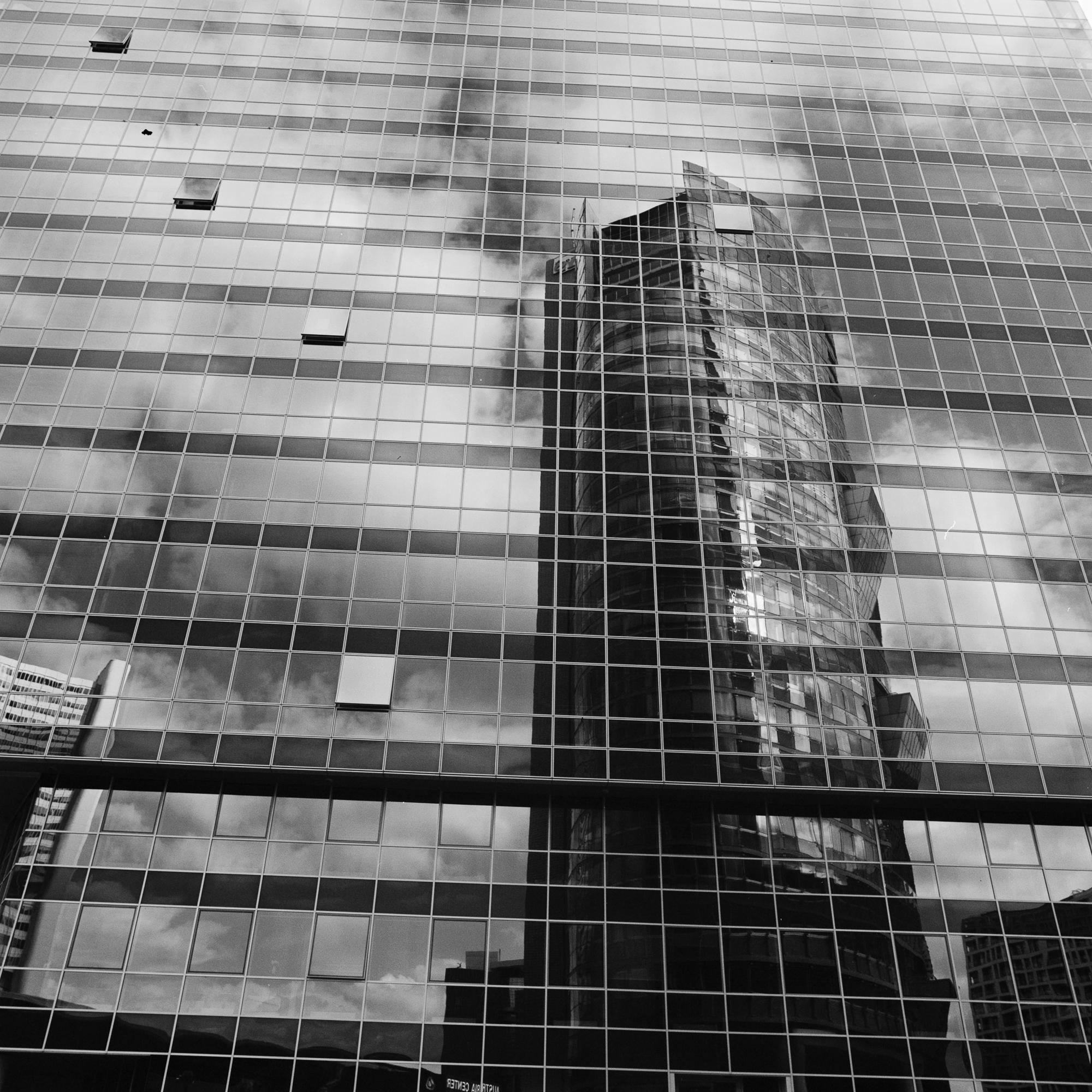 Squares of Vienna-R1-01391-0029-©Bjørn Joachimsen.jpg