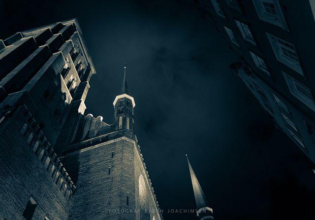 Gdansk, Poland. #gdansk #visitgdansk #visitpoland #poland #basilika #cathedral #nightphotography