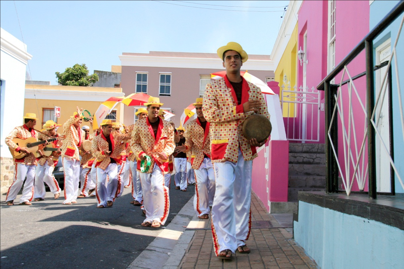 An artistic rendition of the minstrels, by Hasan and Hussein Essop. In Bo Kaap