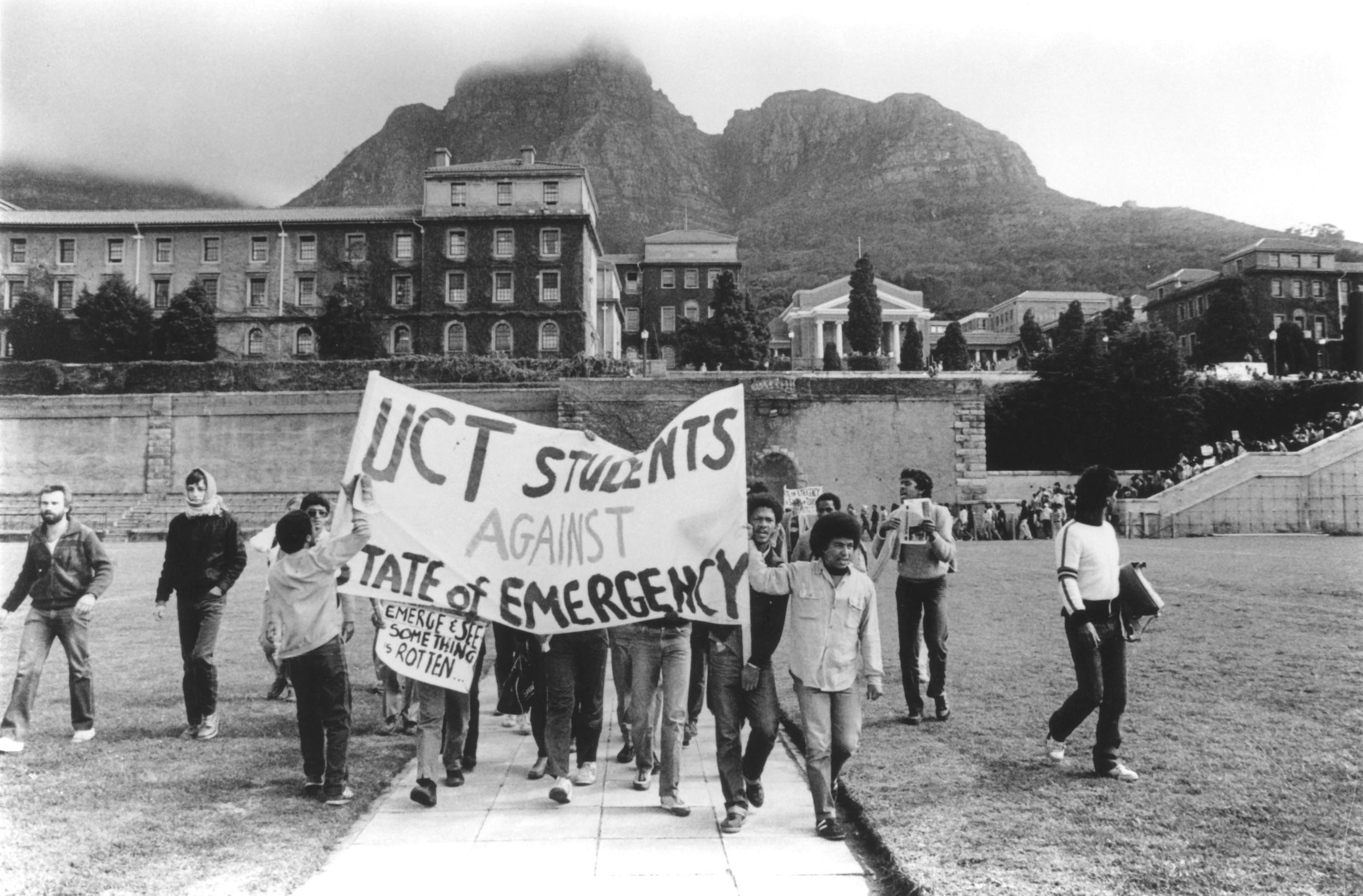 UCT Students in the mid 1980s.  Photo from the Mayibuye Archive