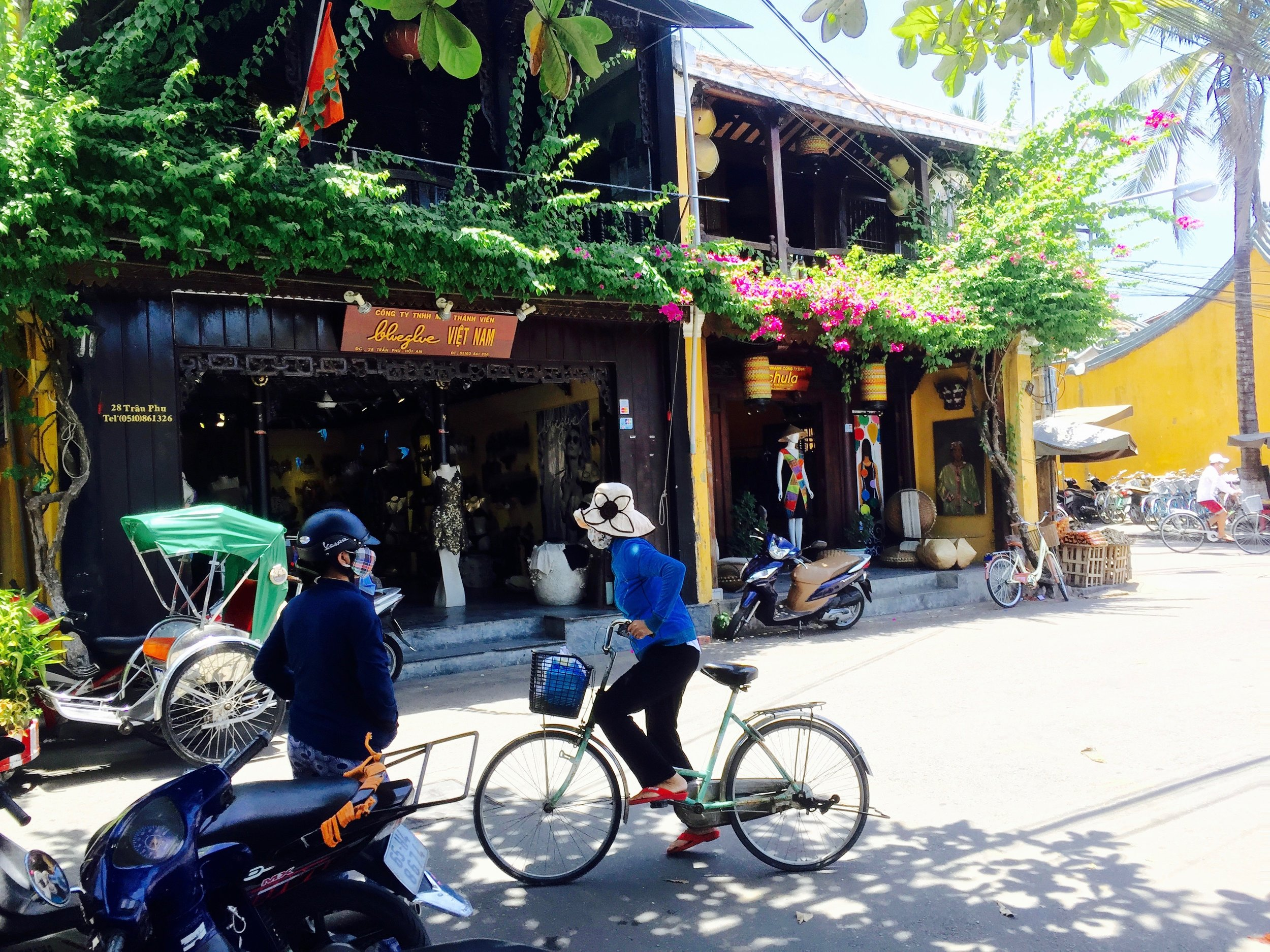 Hoi An maintains a strong sense of place, with well preserved heritage buildings complementing its natural environment.