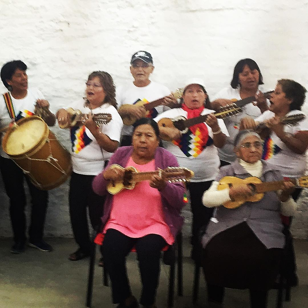 An intercultural and intergenerational cultural group in Barrio 31