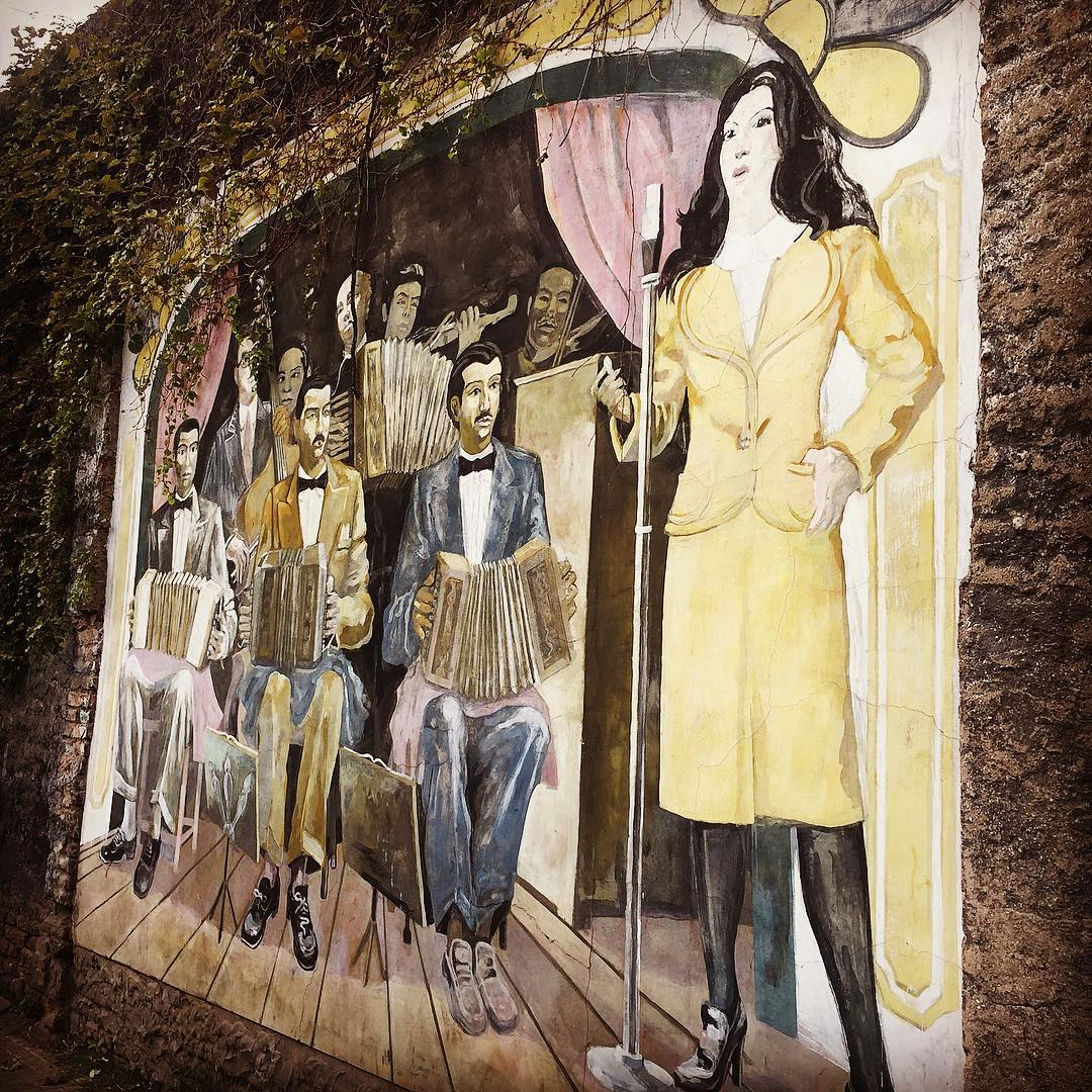 A mural on tango music