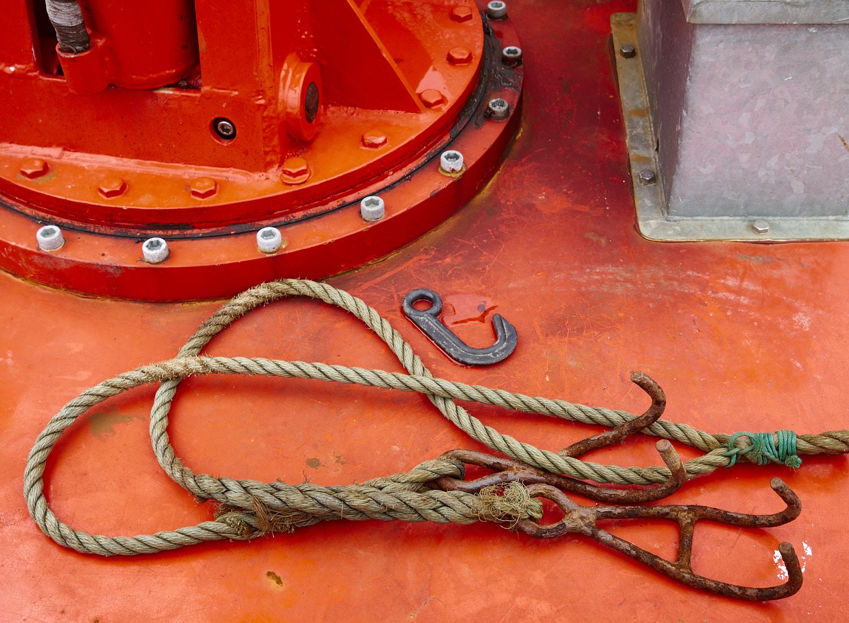 rope_on_red_deck_eriskay_mf.jpg