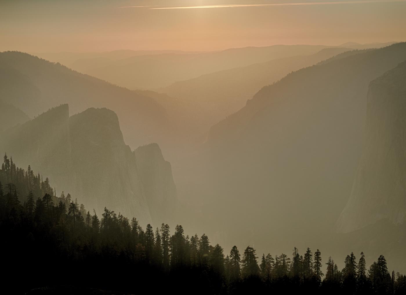 Yosemite Valley sunset.jpg