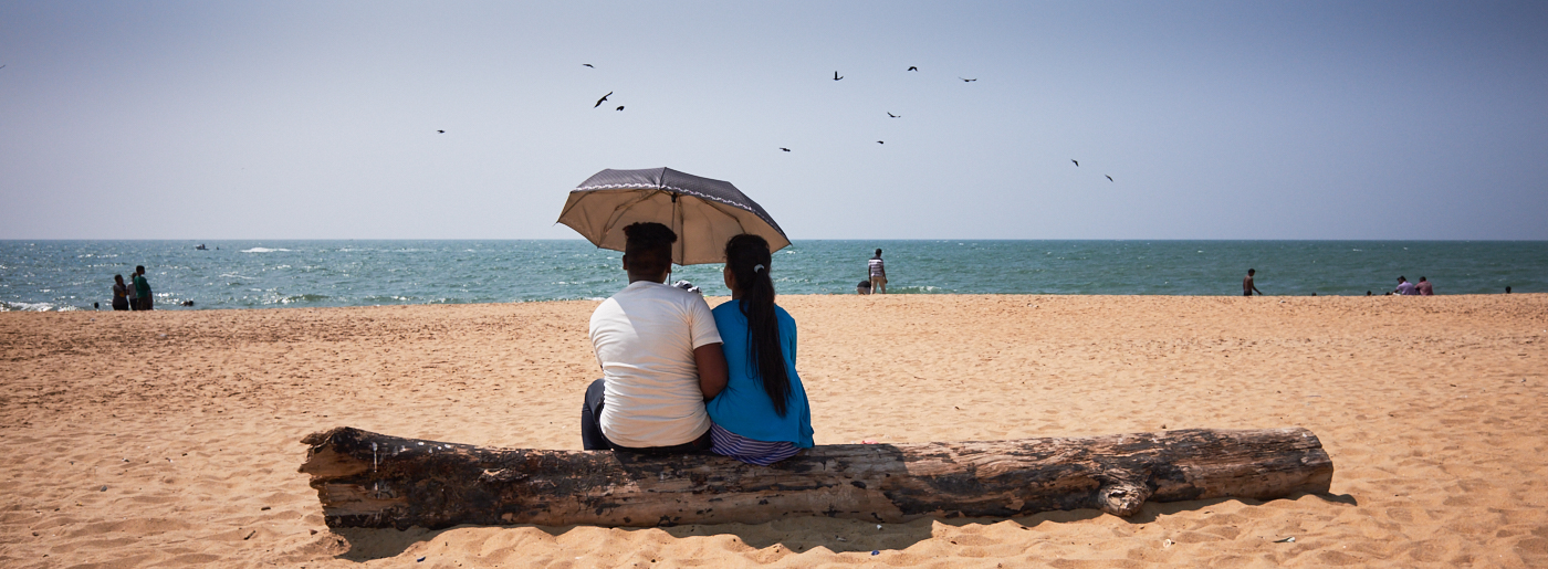 Beach umbrella 2 Negombo.jpg