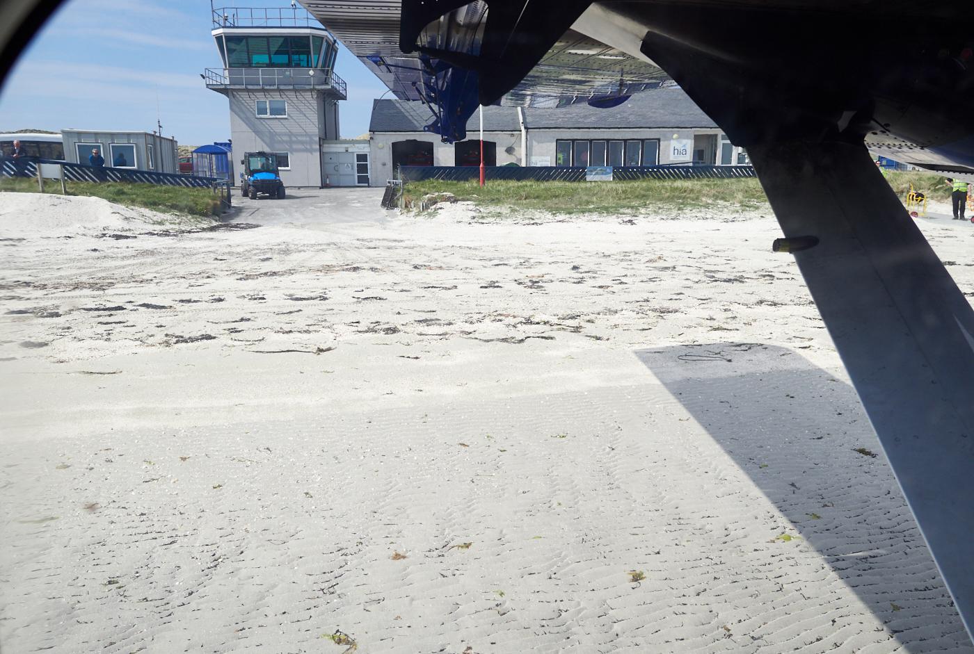 Barra beach landing 2.jpg