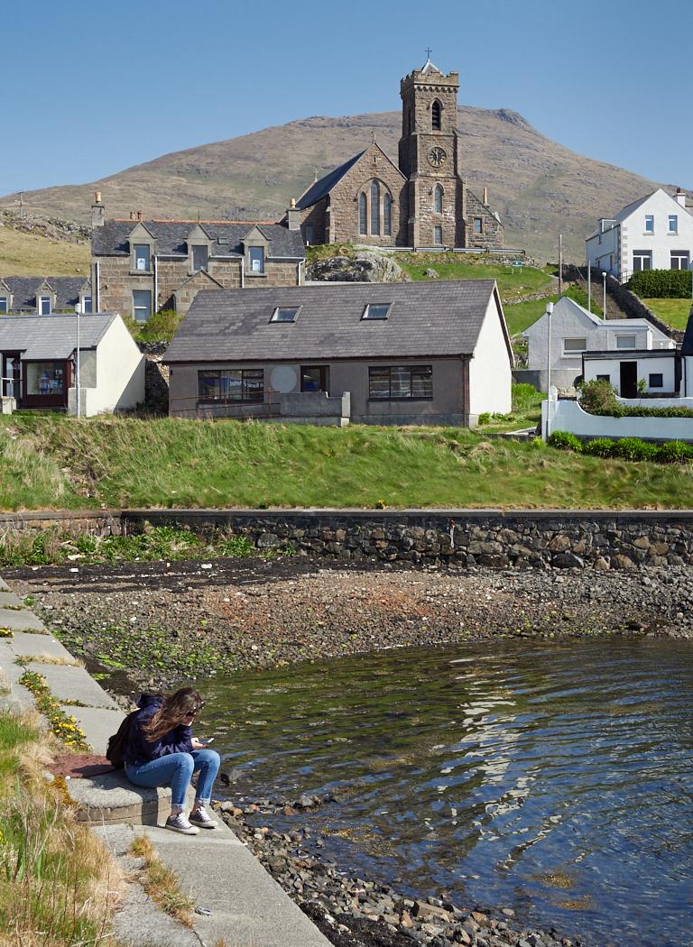 Castlebay Barra.jpg