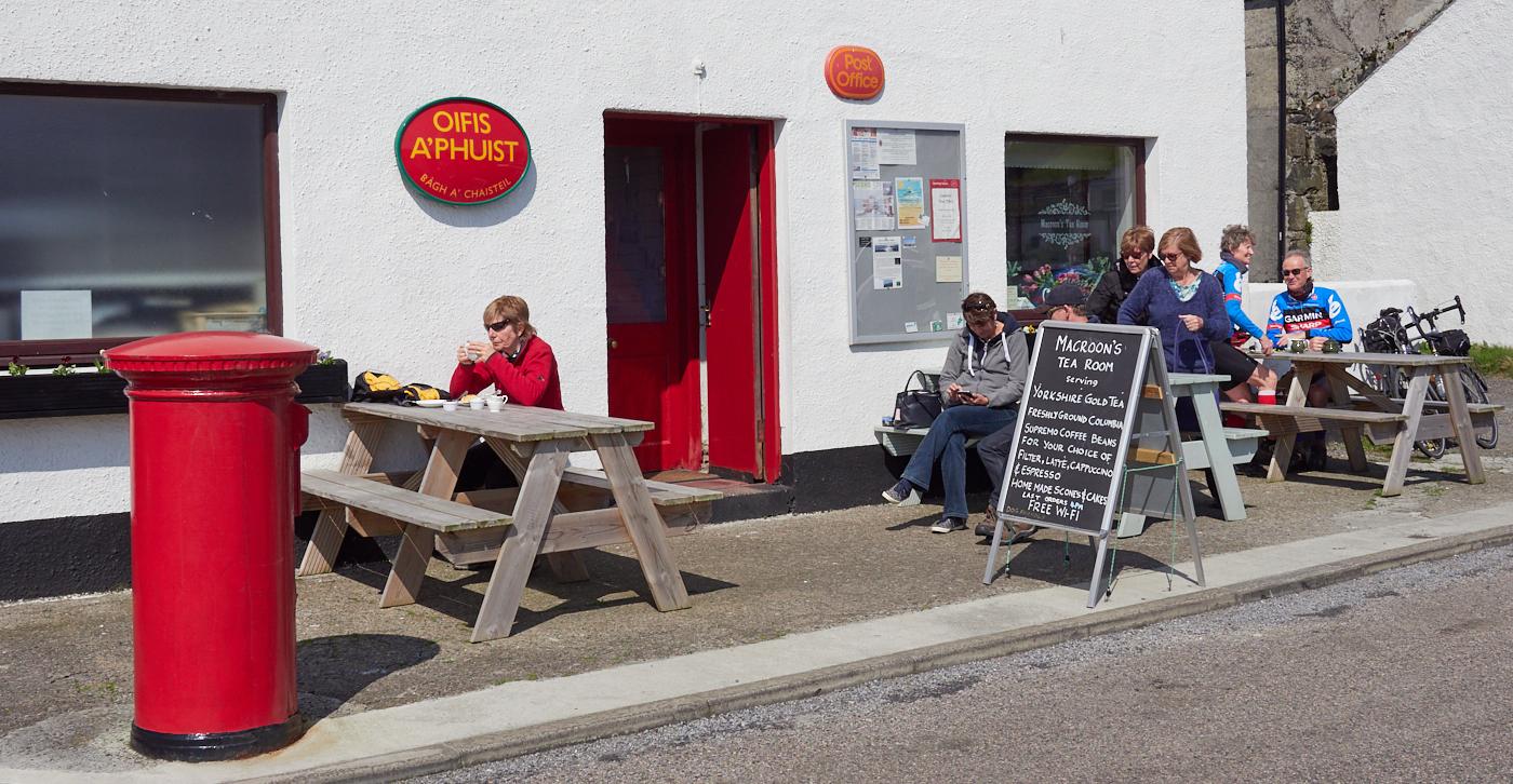 Castlebay Post Office and Macroons Tearoom Barra.jpg