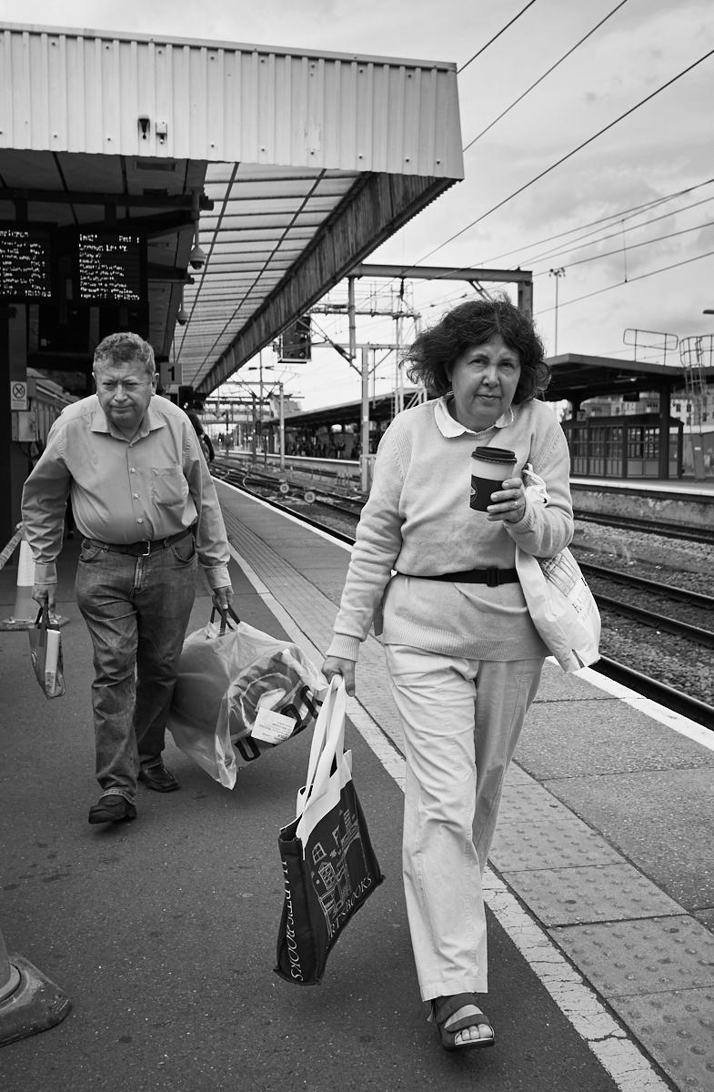 Heading for the train1600x1200 sRGB.jpg