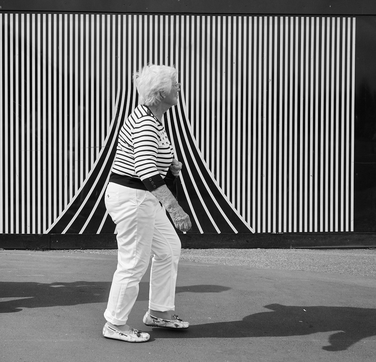 Striped1600x1200 sRGB 1.jpg