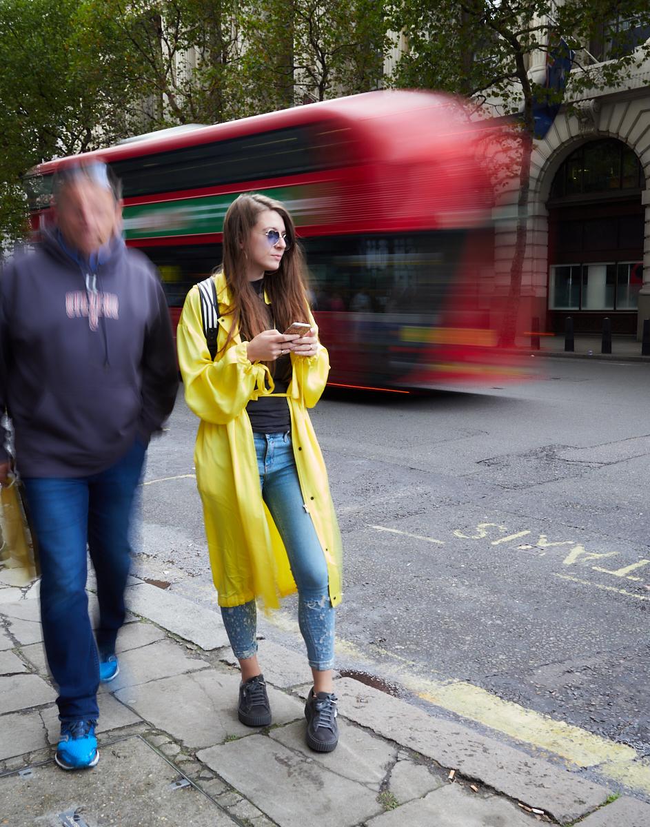 Fashion blur1600x1200 sRGB 1.jpg