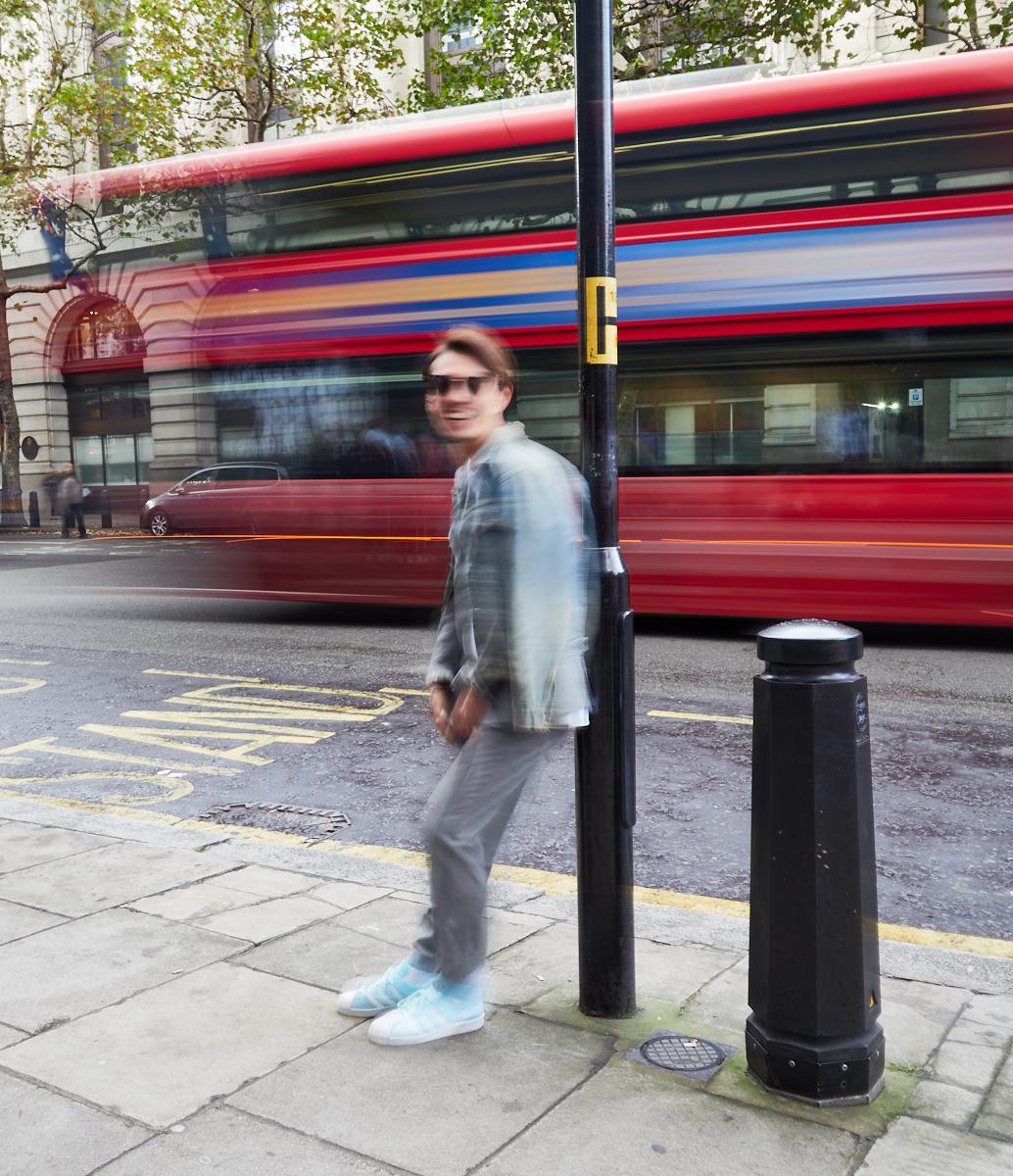 Fashion blur1600x1200 sRGB.jpg